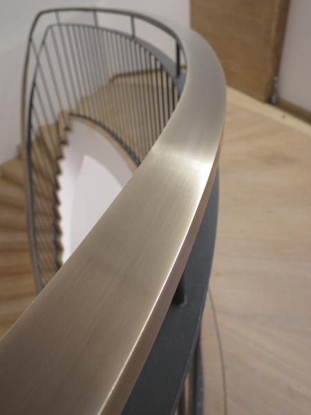 Gemauerte Treppengeländer individuell gefertigte treppen treppengeländer und handläufe
